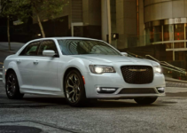 Pics Of New 2022 Chrysler 300 Redesign Price Engine