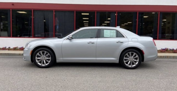 2019 Chrysler 300 Limited AWD For Sale In Manchester NH
