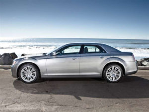2014 Chrysler 300C Pictures Including Interior And