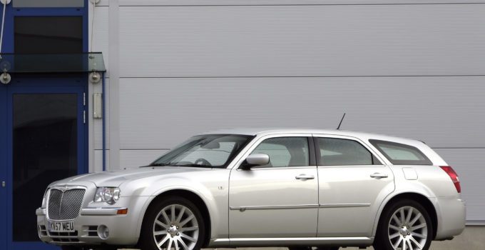 Chrysler 300 Dimensions Auto Express