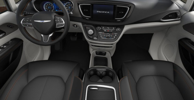 2020 Chrysler Pacifica Touring L Plus John Jones