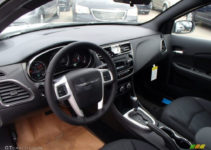 2013 Chrysler 200 S News Reviews Msrp Ratings With