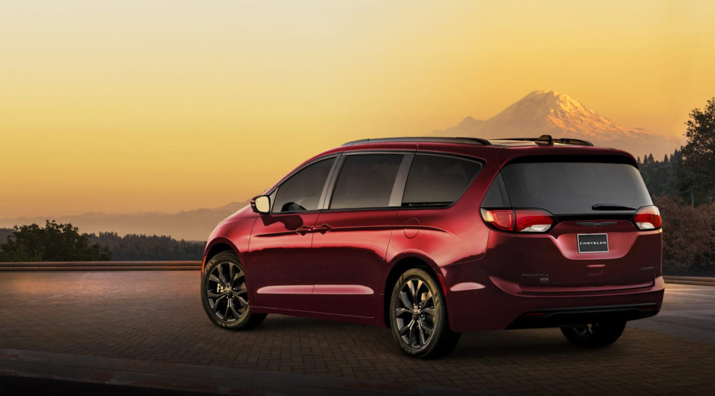 Chrysler Pacifica 35th Anniversary Edition Is Sharp
