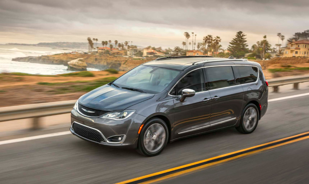 New Chrysler Pacifica May Be An All Wheel Drive