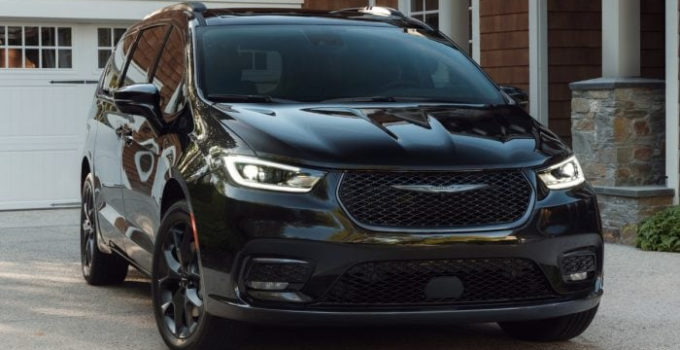 2021 Chrysler Pacifica First Look Kelley Blue Book