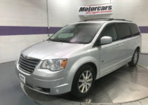 2009 Chrysler Town And Country Touring Stock 24581 For