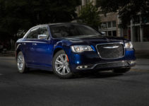 2017 Chrysler 300S Dresses Up With New Sport Appearance