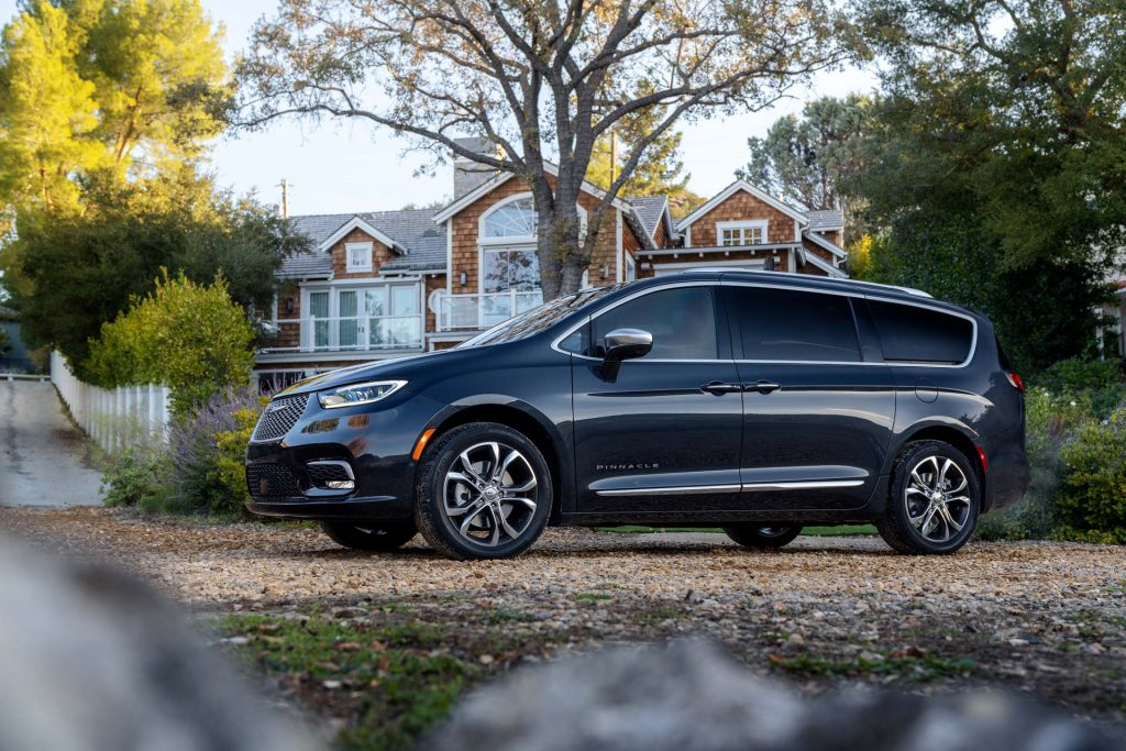 2021 Chrysler Pacifica Review Ratings Specs Prices And