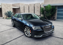 2015 Chrysler 300 Top Speed