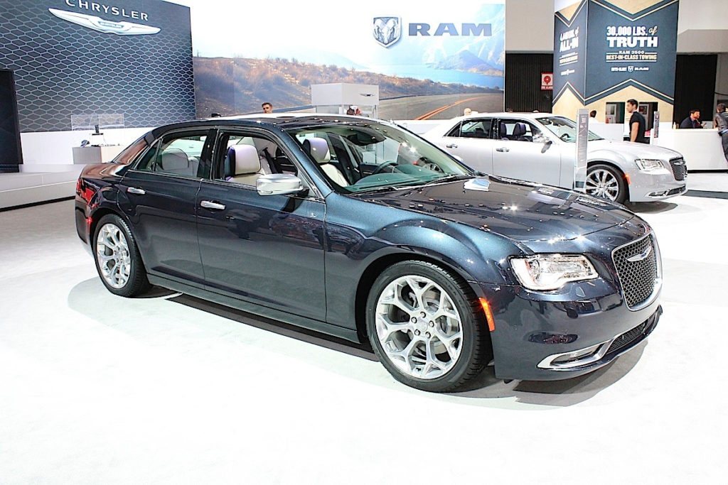 LA Auto Show Live Facelifted 2015 Chrysler 300 Revealed