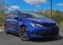 2019 Chrysler Pacifica Hybrid Review Trims Specs And