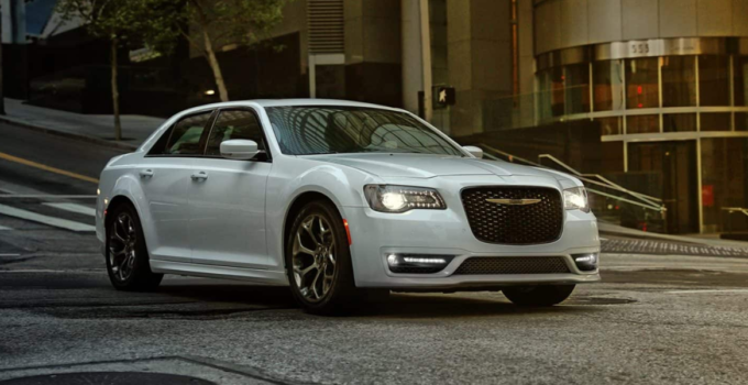 2021 Chrysler 300 SRT8 Engine Redesign Cost CarRedesign co