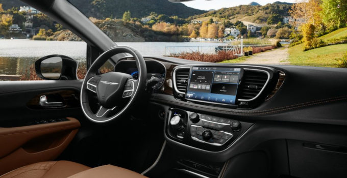 2021 Chrysler Pacifica Debuts With Fresh Looks AWD New U