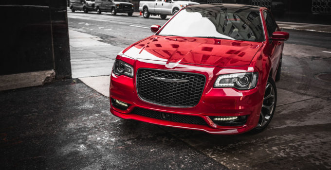 2018 Chrysler 300 Review AutoGuide