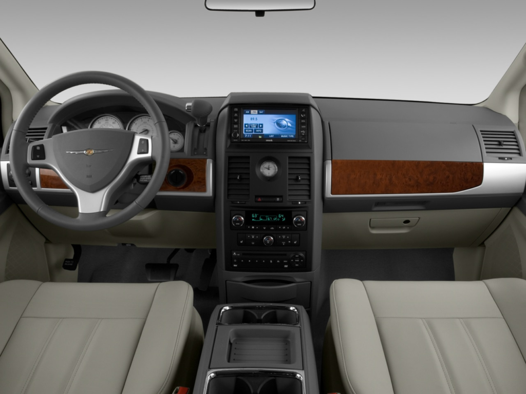 2008 Chrysler Town Country Reviews Research Town