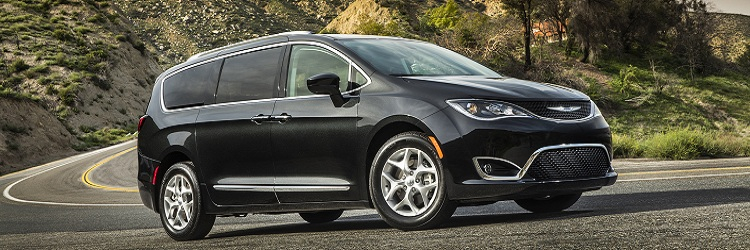 2019 Chrysler Pacifica Interior Hybrid Limited