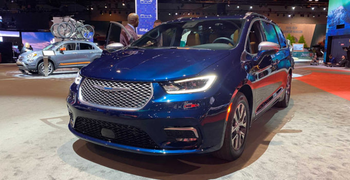 2021 Chrysler Pacifica Debuts Facelift Pinnacle Trim And