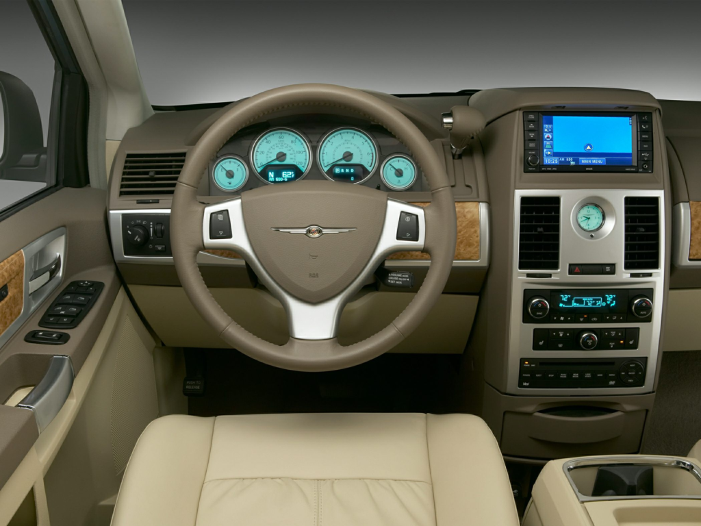 2010 Chrysler Town And Country Price Photos Reviews